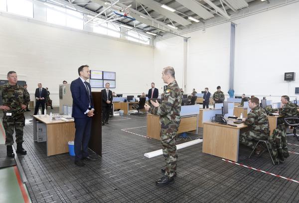 Taoiseach rejoins medical register to help coronavirus fight