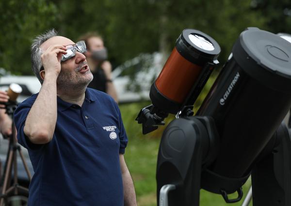 Partial eclipse 004